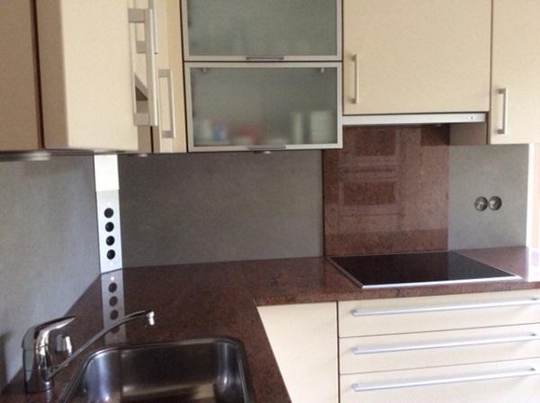 Achterwand keuken uit één deel